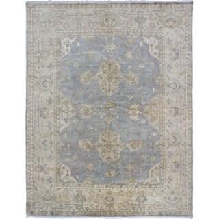 Royal Ushak Gray Wool Open Field Rectangular Rug (9'3 x 11'11)
