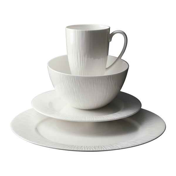 Emilia Round Bone China Dinnerware 16-piece Set 16199909