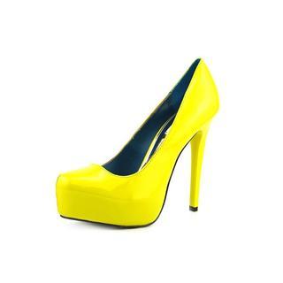 Mia Limited Edition Women's 'Vixen' Patent Leather Dress Shoes
