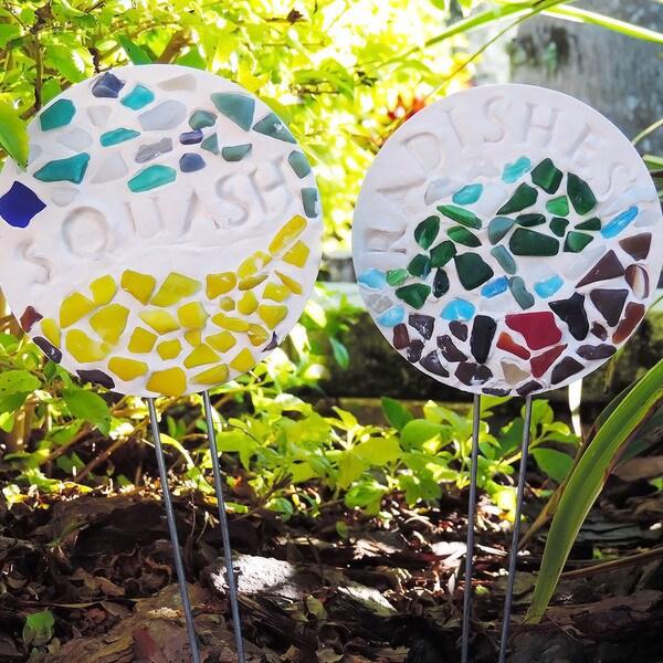 Mosaic Garden Stakes Kit