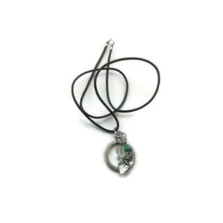 Mama Designs Handmade Western-style Arrowhead Dangle Necklace