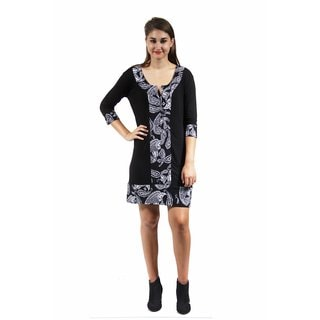 24/7 Comfort Apparel Women's Black and White Paisley Trimmed Shift Dress