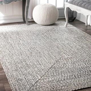 nuLOOM Handmade Casual Solid Braided Rug (5' x 8')
