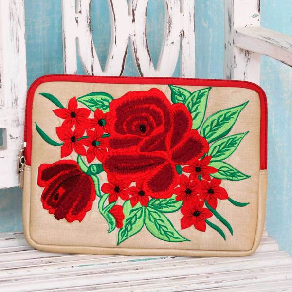 Handcrafted Embroidered 'Red Rose Romance' Tablet Sleeve (India)