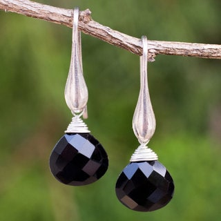 Sterling Silver 'Sophisticated Ebony' Onyx Earrings (Thailand)
