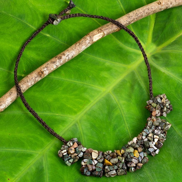 Handcrafted Jasper 'A Sense of Nature' Necklace (Thailand)