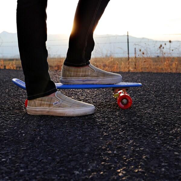 Eightbit 22-inch Complete Retro Skateboard