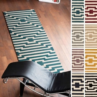 Artistic Weavers Hand-Tufted Holbeach Wool Rug (2'3 x 12')