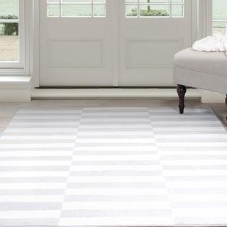 "Windsor Home Alternate Stripes Area Rug - Grey & White 5' x 7'7"""