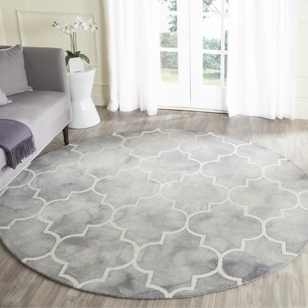 Safavieh Handmade Dip Dye Grey/ Ivory Wool Rug (7' x 7' Round)