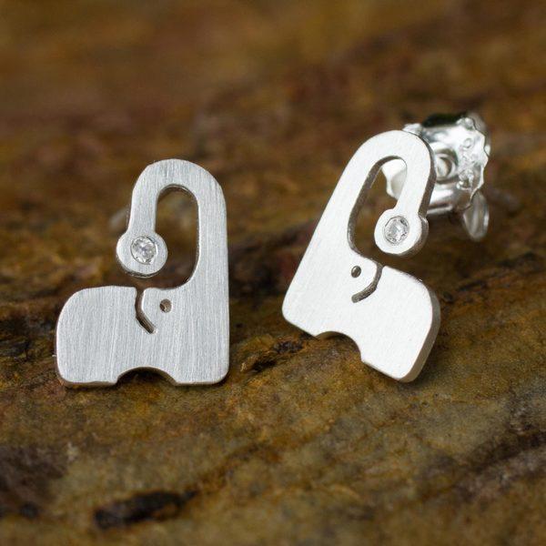 Sterling Silver 'Elephant Sparkle' Cubic Zirconium Earrings (Thailand)
