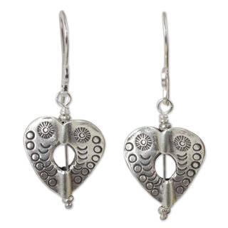 Handcrafted Silver 'Loving Karen Heart' Earrings (Thailand)