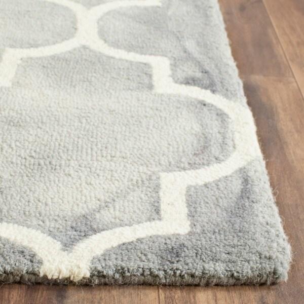 Safavieh Handmade Dip Dye Grey/ Ivory Wool Rug (2' x 3')