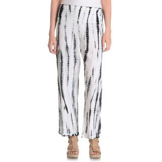 La Cera Women's Black/ White Tie Dye Crinkle Pants