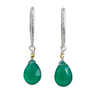 Sterling Silver 'Effortless Green Glam' Chalcedony Earrings (Thailand)