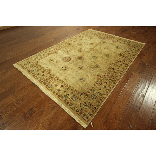 Traditional Washed Out Oushak Floral Turkish Wool Rug (6' x 8')