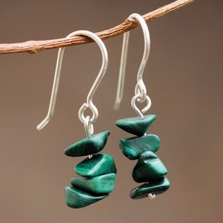 Handcrafted Sterling Silver 'Nature's Soul' Malachite Earrings (Peru)
