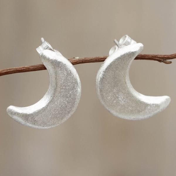 Handcrafted Sterling Silver 'Mystical Moon' Earrings (Peru) 16297055
