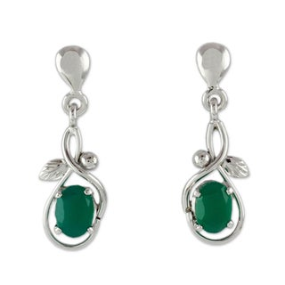 Handcrafted Sterling Silver 'Forest Treasure' Onyx Earrings (India)