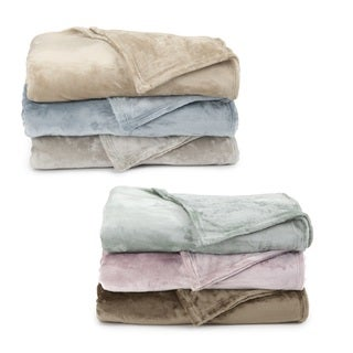 Corrine Collection Ultra Plush Blanket by Home Fashion Designs