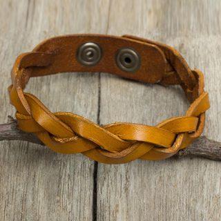 Handcrafted Men's Leather 'Honey Rope' Bracelet (Thailand)
