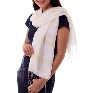 Handcrafted Silk Cotton 'Creamy White Harmony' Scarf (Thailand)