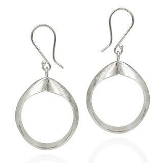 HillTribe Satin Textured Circle Silver Dangle Hoop Earrings (Thailand)
