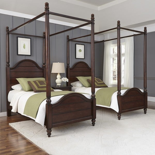 Country Comfort Two Twin Canopy Beds and Night Stand