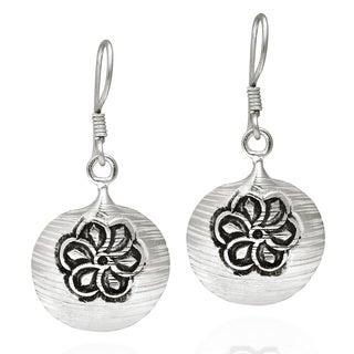 Flower Pod Thai Karen Hill Tribe Silver Dangle Earrings (Thailand)