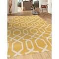 Contemporary Trellis Design Yellow 5 ft. 3 in. x 7 ft. 3 in. Indoor Area Rug