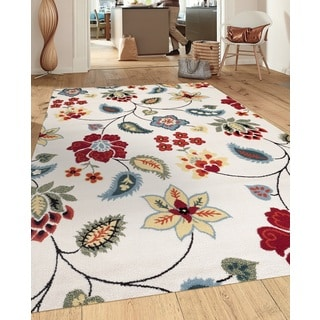 Transitional Floral Design Cream 5 ft. 3 in. x 7 ft. 3 in. Indoor Area Rug