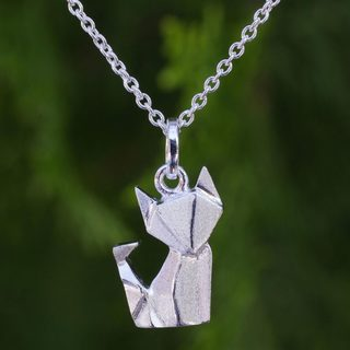 Handcrafted Sterling Silver 'Origami Fox' Necklace (Thailand)