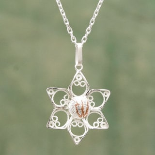 Handcrafted Sterling Silver 'Quechua Star' Filigree Necklace (Peru)
