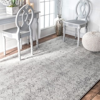 nuLOOM Vintage Floral Lattice Silver Area Rug (5' x 7'5)
