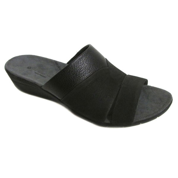 Hush Puppies Women's Maggie Irvine Black Leather Slides