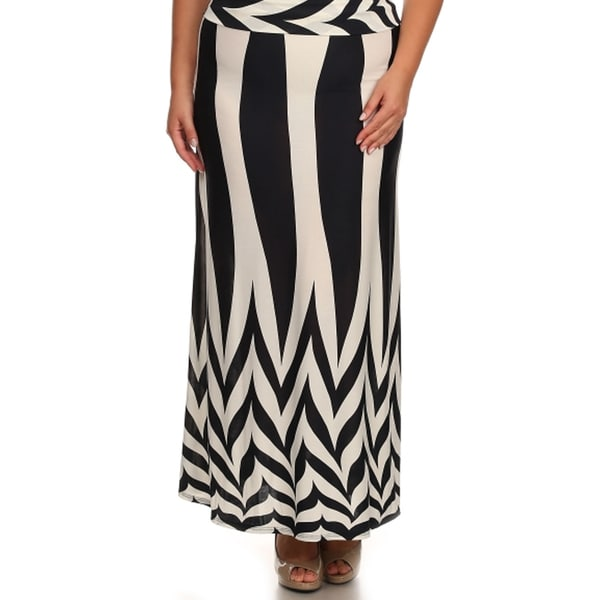 Women's Plus Size Black/ White Geometric Maxi Skirt