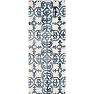 Safavieh Handmade Dip Dye Ivory/ Navy Wool Rug (2'3 x 10')