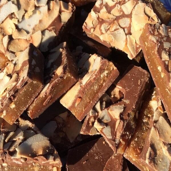 Heavenly Taste Coconut Macadamia Nut Toffee (1 pound)