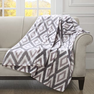 Madison Park Oversized Ikat Diamond Throw
