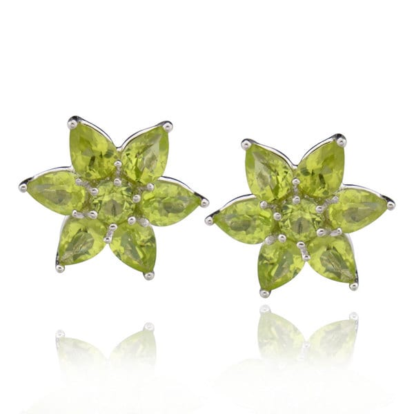 Sterling Silver Pear Peridot Stud Earrings (China)