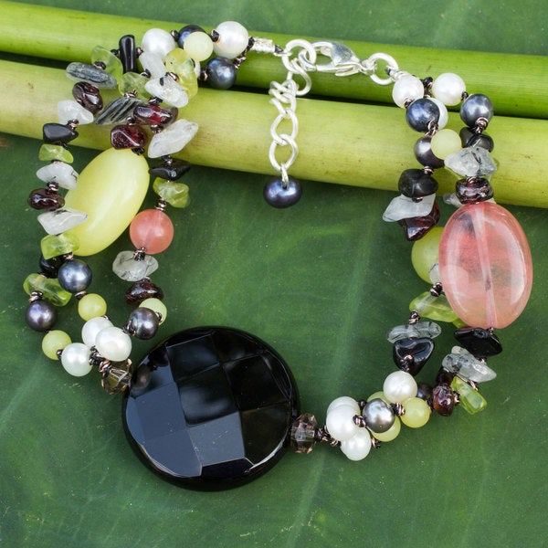 Handcrafted Pearl 'Flirt' Multi-gemstone Bracelet (4 mm) (Thailand)