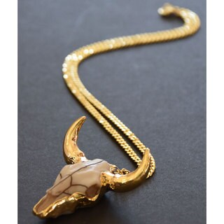 Mint Jules Longhorn Bull 24k Gold Overlay Cattle Skull Pendant Necklace