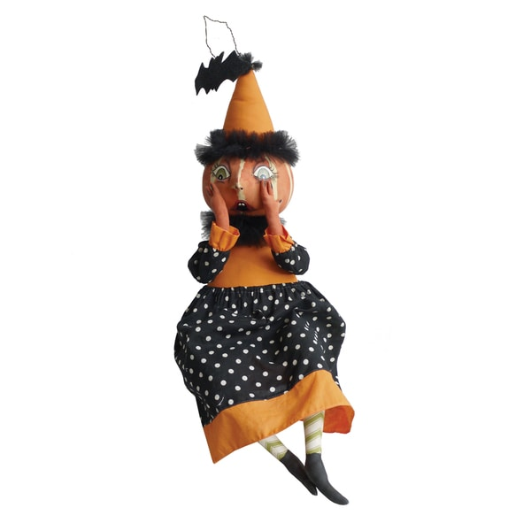 """Eek"" Pumpkin Girl Figure"