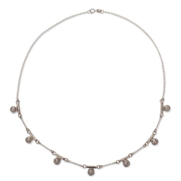Handmade Sterling Silver 'Seven Moons' Pearl Necklace (4 mm) (Mexico) 16379940