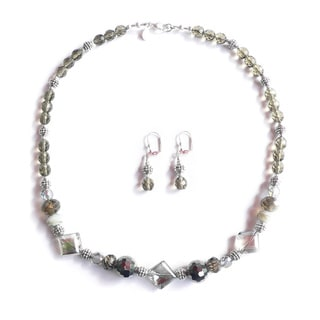 "Palmtree Gems ""3 of Diamonds"" Necklace and Earring Set"
