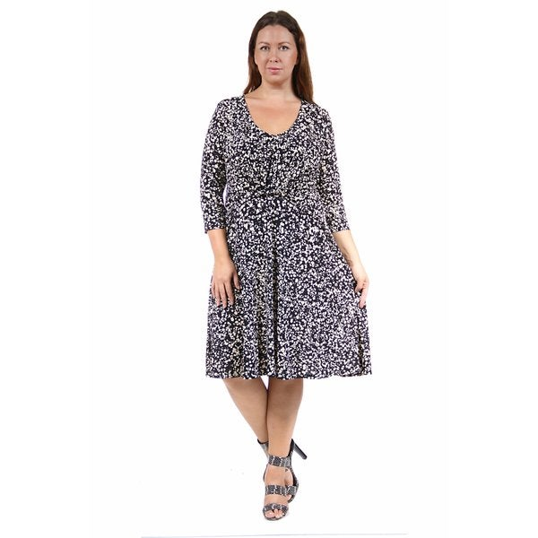 24/7 Comfort Apparel Women's Plus Size Cream&Black Spot Print Dress