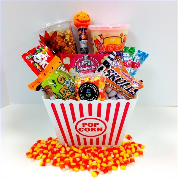 The Scary Movie Night Gift Set