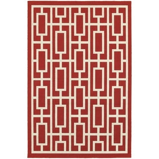 Geometric Lattice Red/ Ivory Indoor Outdoor Area Rug (6'7 x 9'6)