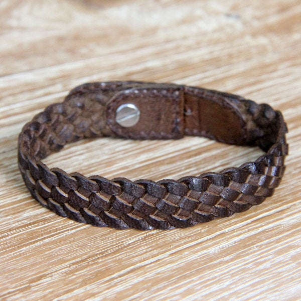 Handcrafted Leather 'Brown Chain' Bracelet (Indonesia)