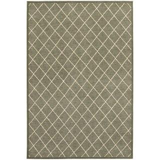 Diamond Trellis Heathered Grey/ Ivory Area Rug (6'7 x 9'6)